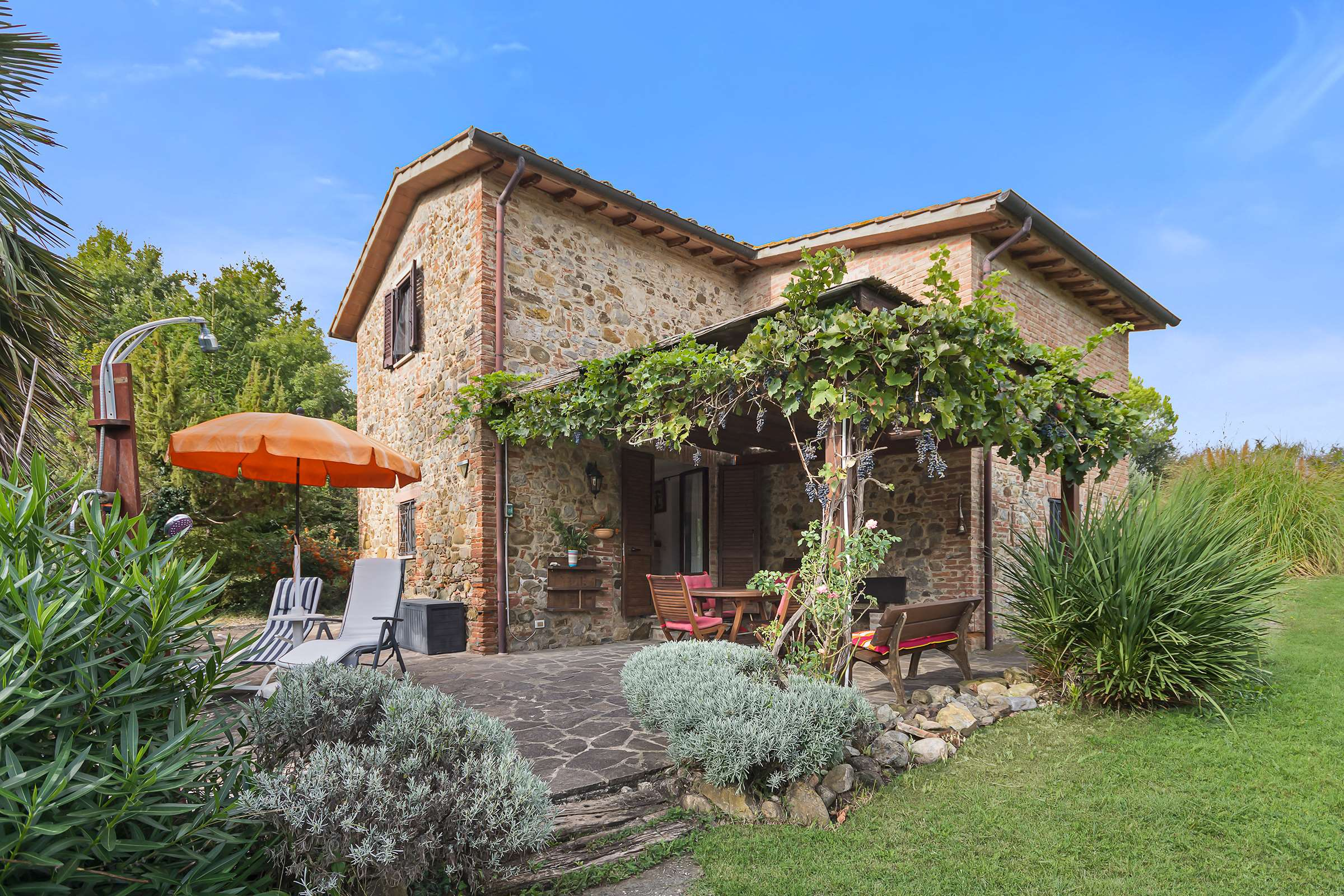 Beautiful stone house in lovely Umbria